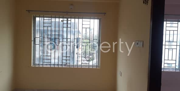 2 Bedroom Flat for Rent in 30 No. East Madarbari Ward, Chattogram - An Adequate 1000 Sq Ft Residential Apartment Is Up For Rent In The Center Of 30 No. East Madarbari Ward.