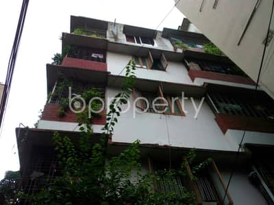 3 Bedroom Apartment for Rent in Kalabagan, Dhaka - There Is 950 Sq. ft Large Apartment Up To Rent In The Location Of Green Road.
