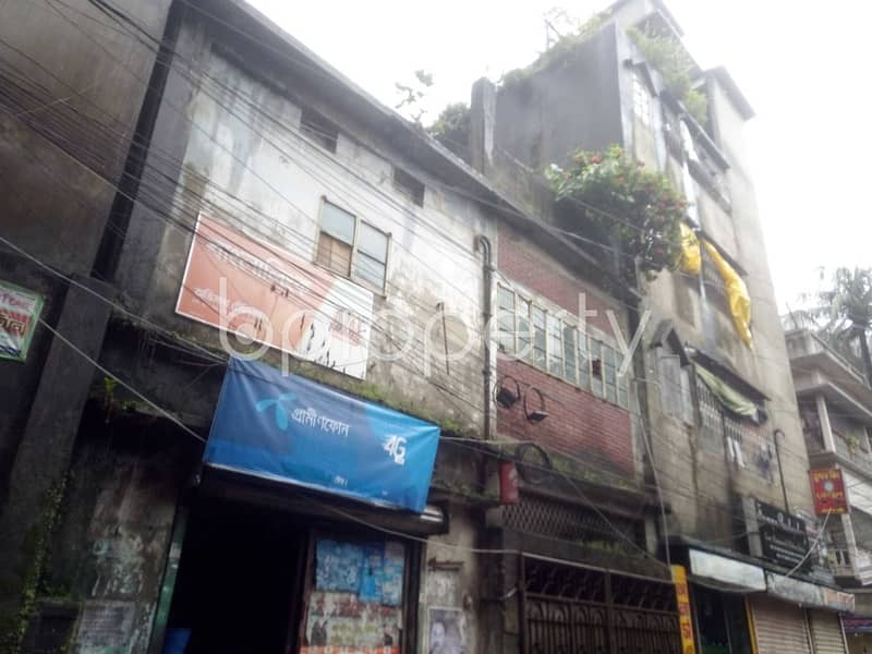 In The Beautiful Neighborhood Of Sutrapur, Residential Building Is Up For Sale With Land