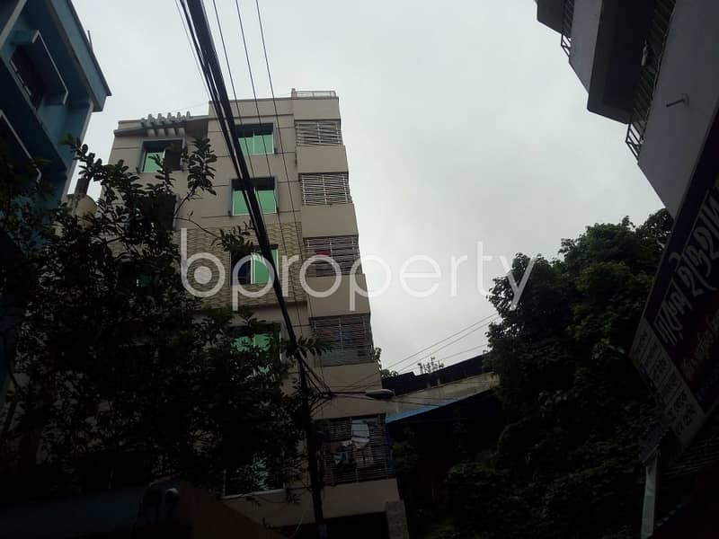 At Sugandha R/A 1000 Sq Ft Apartment Is Up For Rent
