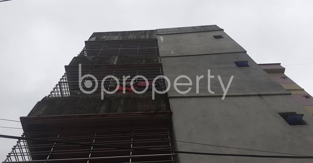 This suitable 900 SQ FT residential home is waiting to get rented at East Nasirabad