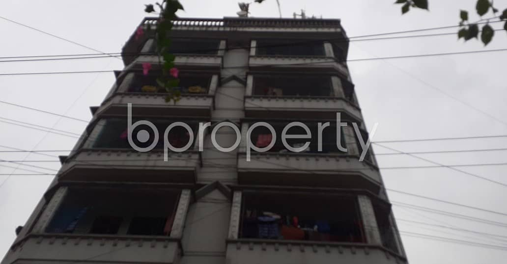 There Is 3 Bedroom Large Apartment Up To Rent In The Location Of Patharghata .