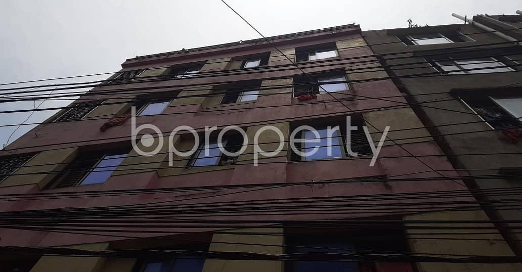Available In Firingee Bazaar, A 900 Sq. Ft Apartment For Rent, Near Bridge Ghat Baitur Riduan Jame Masjid