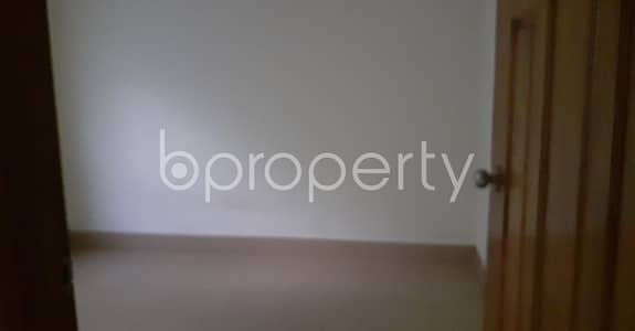 2 Bedroom Flat for Rent in 33 No. Firingee Bazaar Ward, Chattogram - Check this 900 sq. ft flat for rent which is in 33 No. Firingee Bazaar Ward
