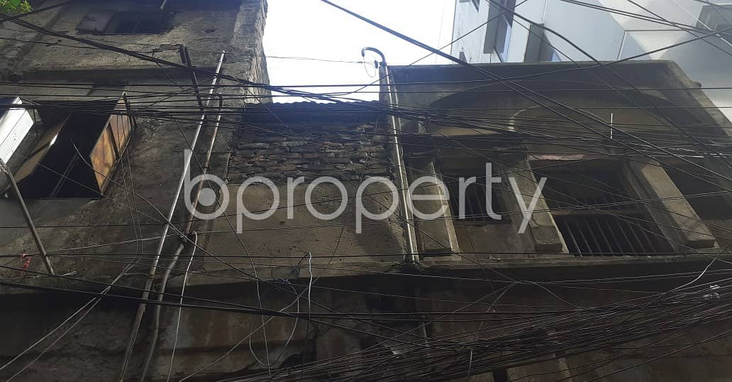 1456 Square feet well-constructed full building with 2.75 Katha land is available in Kotwali for Sale