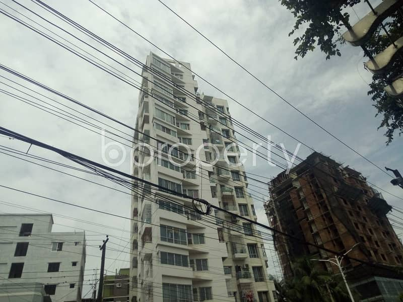 Offering you well constructed 1400 SQ FT apartment to Rent in Bagmoniram