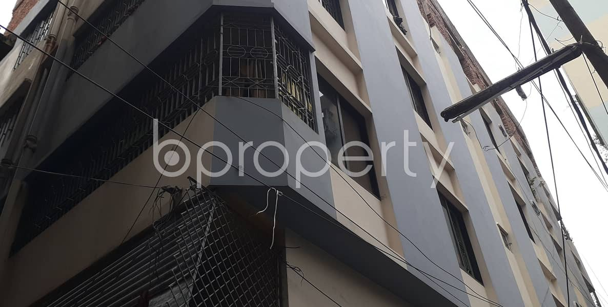 Worthy 1000 SQ FT Nice home is ready to Rent at Almas Lane