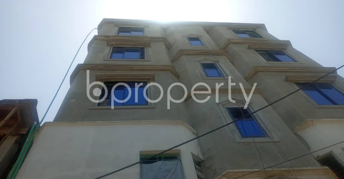 In The Beautiful Neighborhood In Muslimabad , A 570 Sq. Ft Flat Is Up For Rent