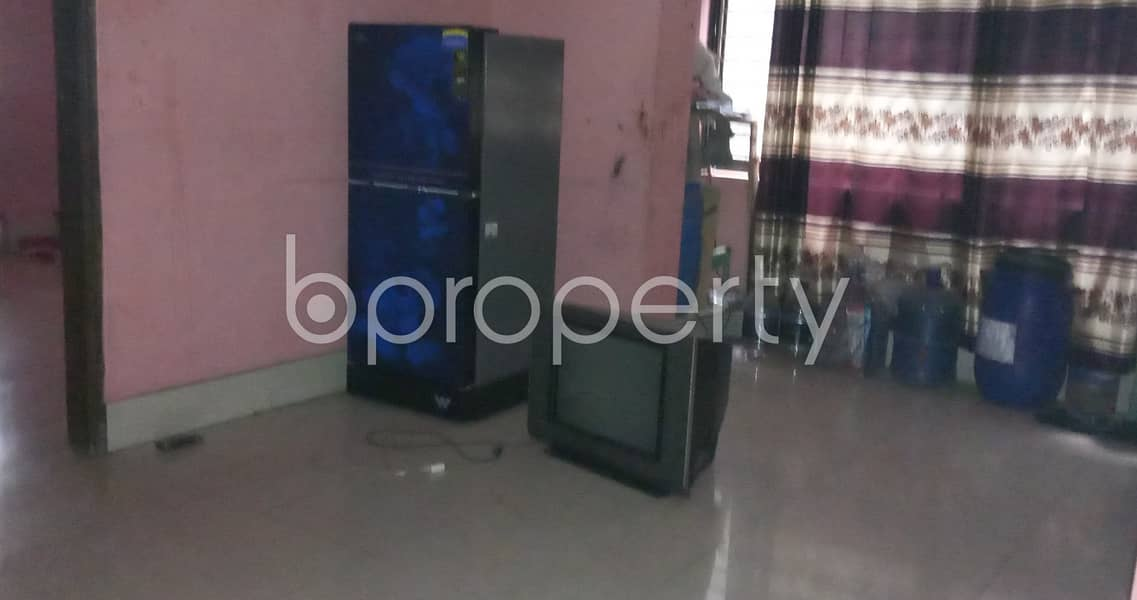 Obtain This Well Fitted Flat Of 1050 Sq Ft Which Is Up For Sale In Kathalbagan