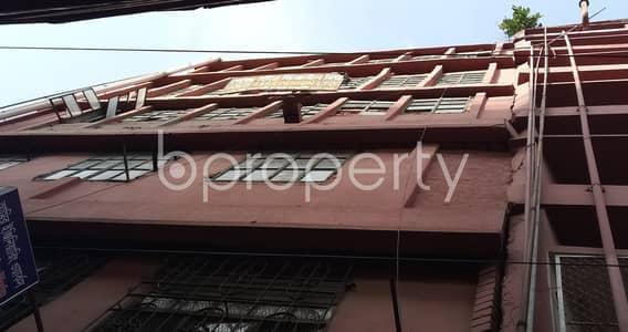 ভাড়ার জন্য এর অফিস - তেজগাঁও, ঢাকা - This Exclusive Commercial Space Of 9000 Sq Ft Which Is Vacant Right At This Moment In Karwan Bazar