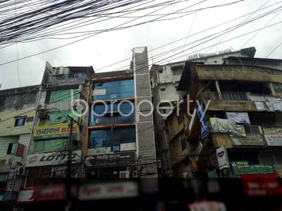 Office for Rent in 16 No. Chawk Bazaar Ward, Chattogram - Well-planned Office Of 400 Sq Ft Is Up For Rent Is Situated In Chawk Bazar