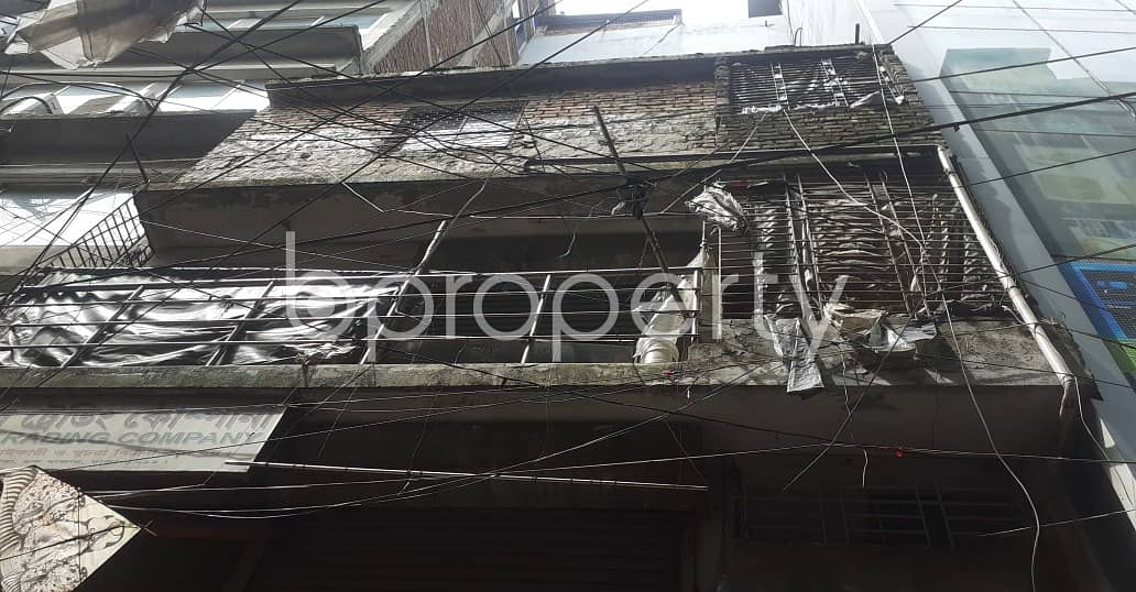 At Bangshal 200 Sq Ft Commercial Shop Is Available For Rent
