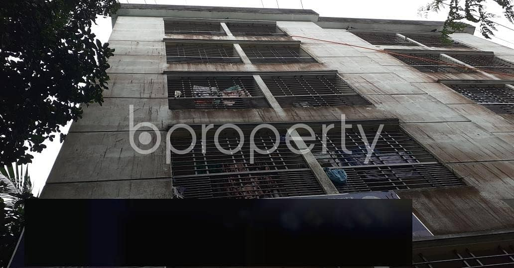 Strongly constructed 1450 SQ FT residence is available to Rent in 9 No. North Pahartali Ward