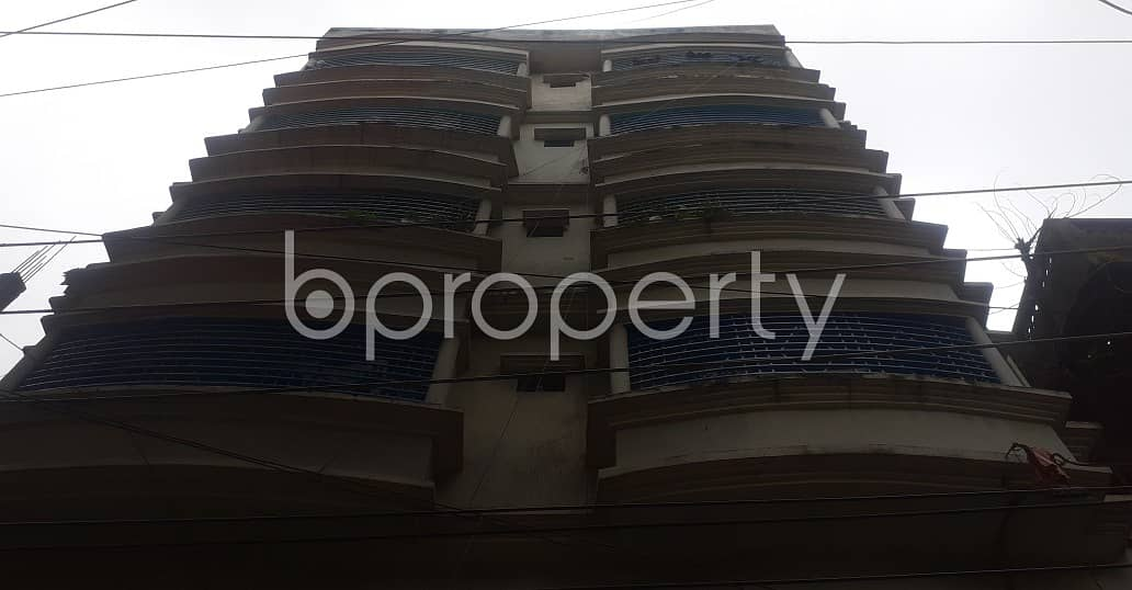 Everything You Need In A Home Is All Right Here In This Begum Bazar 500 Sq. Ft Flat which Is Up For Rent.