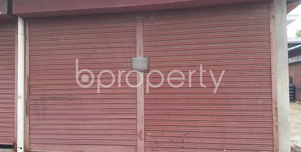 Shop for Rent in 30 No. East Madarbari Ward, Chattogram - 180 Sq Ft Commercial Shop For Rent At East Madarbari Ward