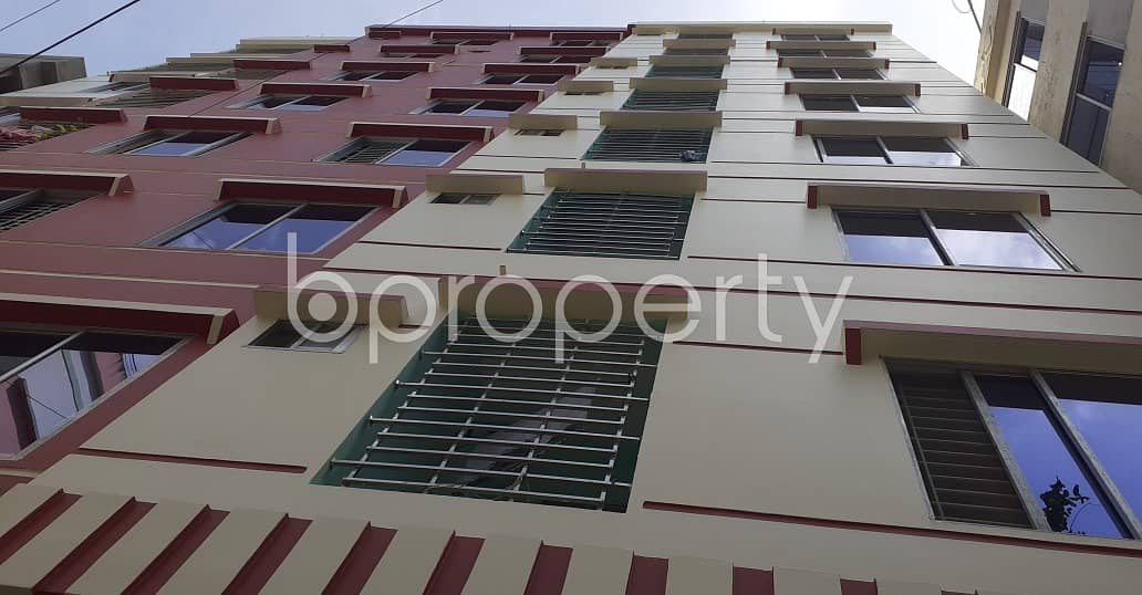 Be the awaited tenant of a 1200 SQ FT residential flat waiting to get rented at North Pahartali Ward