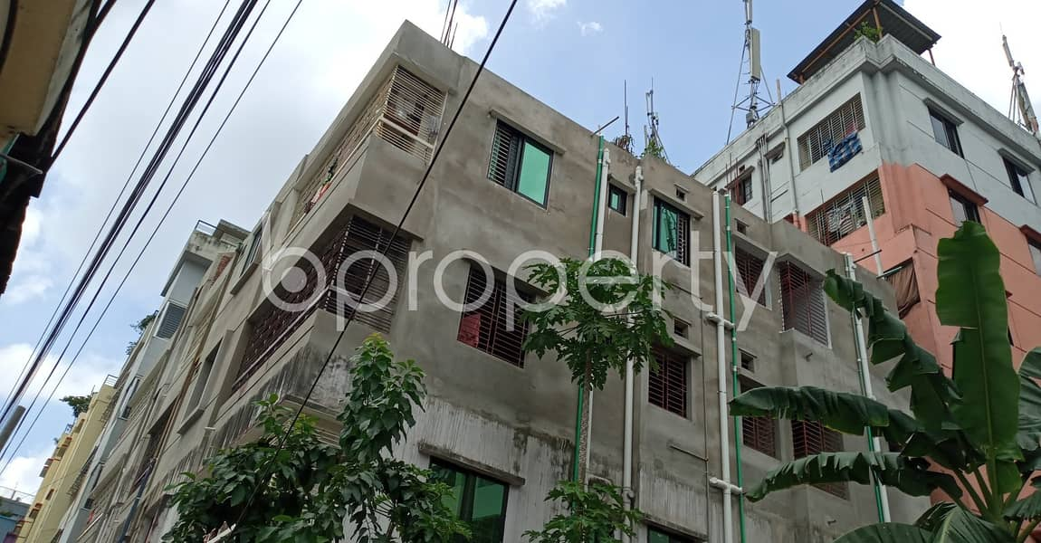 Nice 900 Sq Ft For Rent In One Of The Best Building In Green Valley R/a