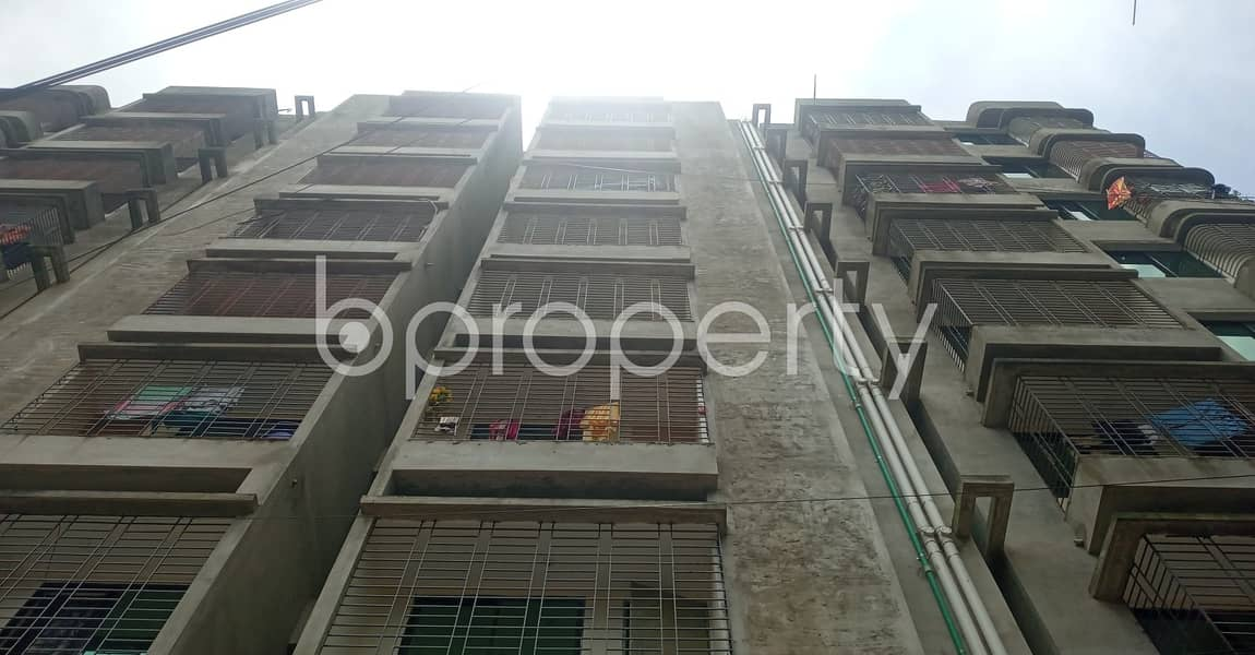 Beautiful Flat Of 1400 Sq Ft Is Vacant Right Now For Rental Purpose In Green View R/a