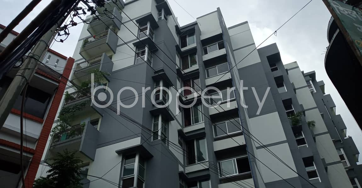 At Chasma Hill R/A A Nice 2 Bedroom -2 Bathroom Flat Up For Rent .