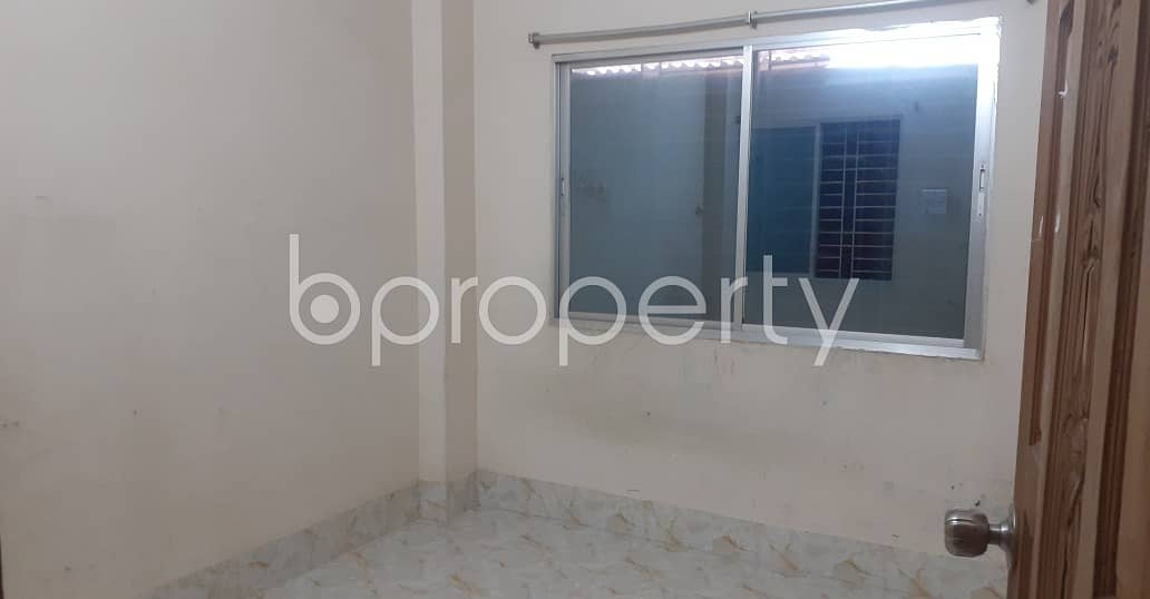 Express Your Individuality At This 500 Sq. ft Apartment Which Is Vacant For Rent In The Location Of Bangshal .