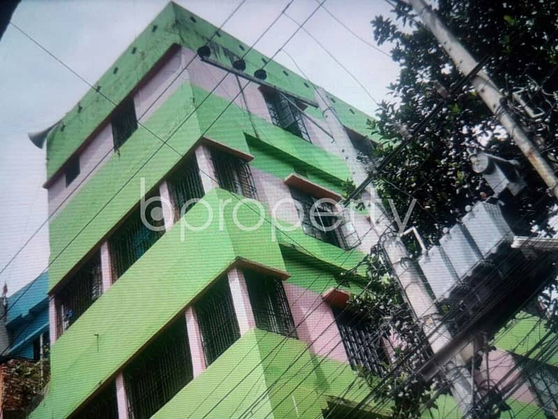 Flat For Rent Covering A Beautiful Area In 28 No. Pathantooly Ward.