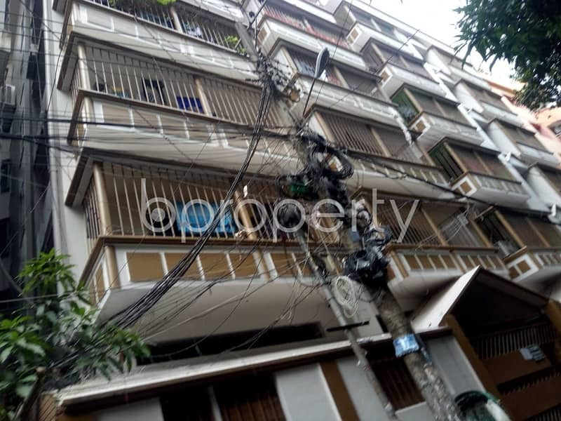 This 1200 Sq Ft Flat In Panchlaish With A Convenient Price Is Up For Rent