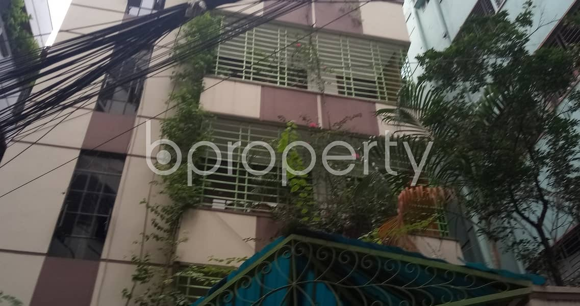 This Nice Flat Of 900 Sq Ft In Kalabagan With A Convenient Price Is Up For Rent