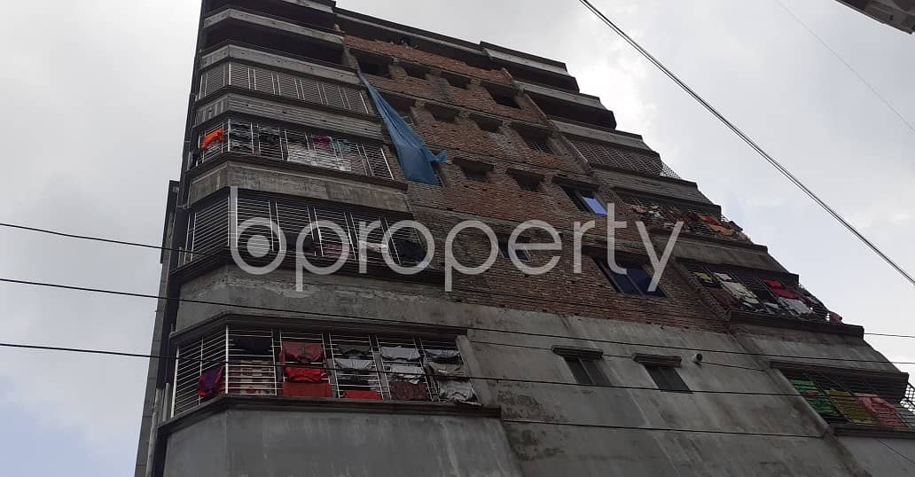 650 Square feet well-constructed apartment is available in Faydabad for rental purpose