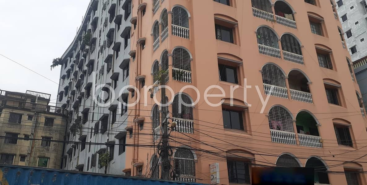 Attention Home Finders! A 1000 Sq. ft Flat At 30 No. East Madarbari Ward Is Up For Rent