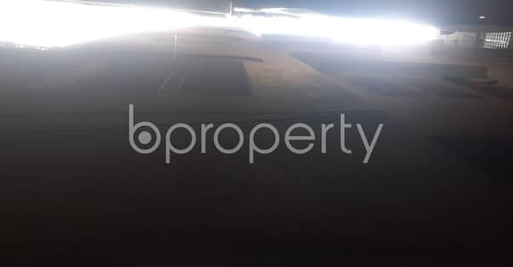 Warehouse for Rent in Bangshal, Dhaka - 500 Sq Ft Warehouse Is Up For Rent In Bangshal