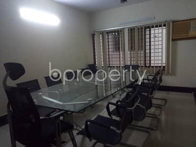 ভাড়ার জন্য এর অফিস - বনানী, ঢাকা - 1800 Sq. ft A Standard Office For Rent In Banani