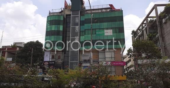 ভাড়ার জন্য এর অফিস - ধানমন্ডি, ঢাকা - A 1200 Square Feet Large Commercial Office For Rent Close To Islami Bank Bangladesh Limited At Dhanmondi.