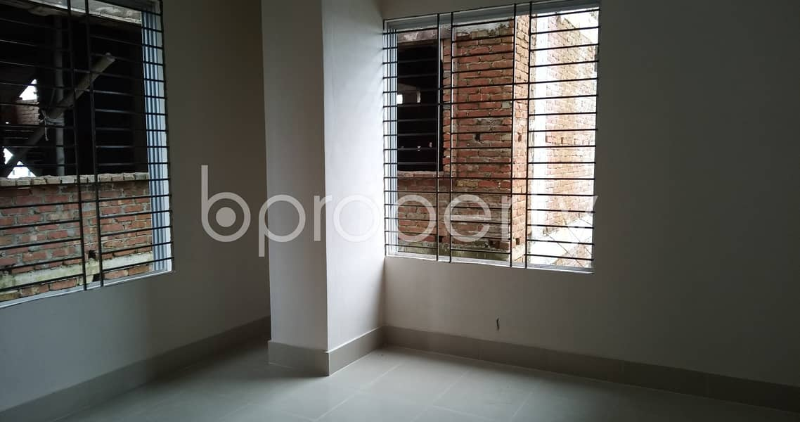 Modern 850 Sq Ft Flat Is Up For Rent In Bayazid