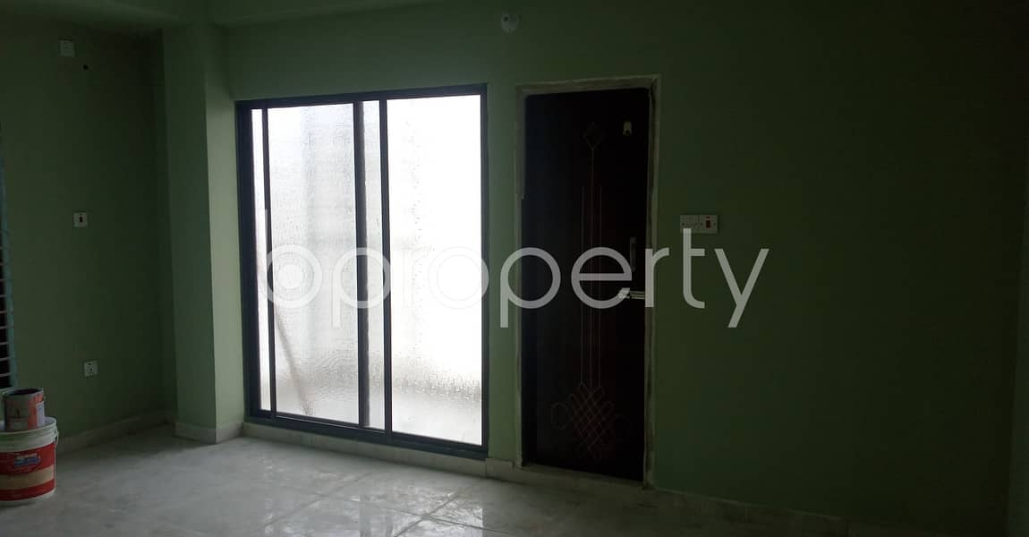 Modern 950 Sq Ft Flat Is Up For Rent In Kolpolok R/a