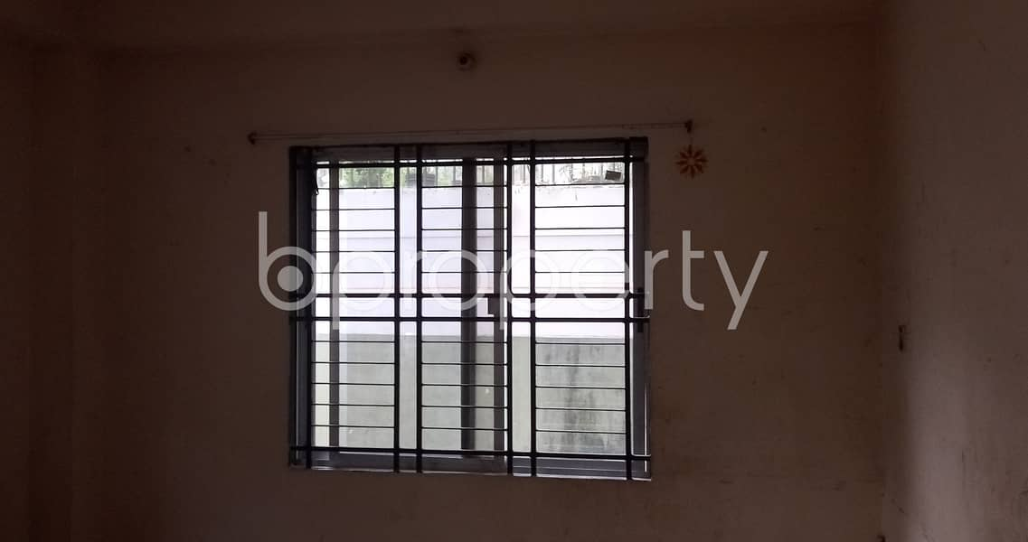 There Is 1200 Sq. Ft Large Apartment Up To Rent In The Location Of 4 No Chandgaon Ward.
