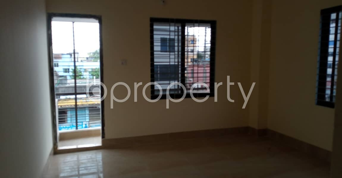 In The Location Of 7 No. West Sholoshohor Ward, 1320 Sq. Ft Apartment Is Up To Rent.