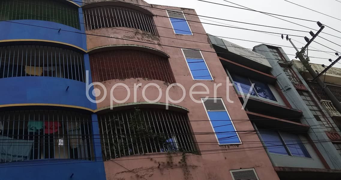 At Bahaddarhat 400 Sq Ft Flat Is Ready To Rent