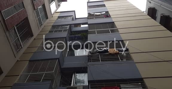 3 Bedroom Flat for Rent in Dhanmondi, Dhaka - Make this 1350 SQ FT rental family residence yours located at Dhanmondi