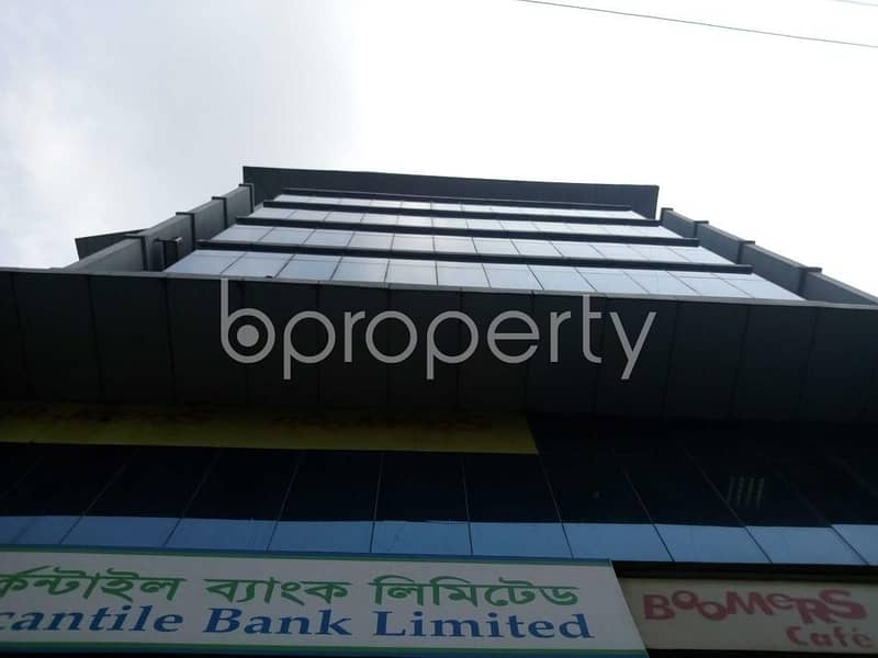 This 2000 Sq Ft Marvelous And Prominent Office Space For Rent Is Available Close To Jamuna Future Park In Nadda