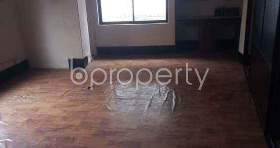 Office for Rent in Tejgaon, Dhaka - A 750 Square Feet Office Space For Rent Available At Kawran Bazar Road.