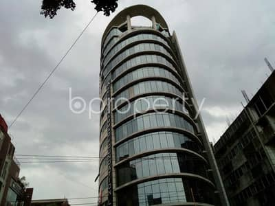 Floor for Rent in Dhanmondi, Dhaka - See this office space for rent covering 2160 Sq. Ft. located in Dhanmondi near to Stamford University Bangladesh