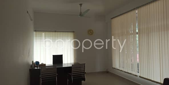 Office for Rent in Kazir Dewri, Chattogram - A 2000 Square Feet Large Commercial Office For Rent At Chatteshwari Road