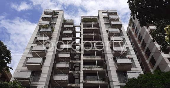 ভাড়ার জন্য BAYUT_ONLYএর ফ্ল্যাট - ধানমন্ডি, ঢাকা - Strongly Structured This 1812 Sq. Ft Apartment Is Now Vacant For Rent In Dhanmondi Next To Bangladesh Medical College Hospital