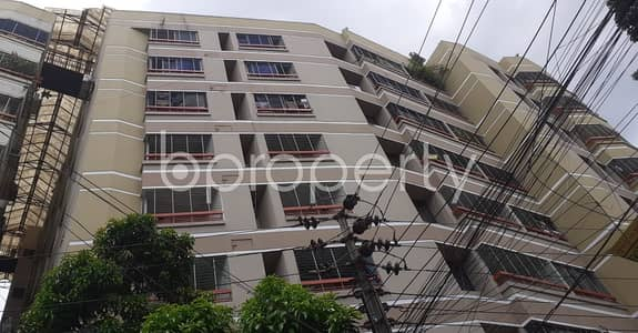 3 Bedroom Apartment for Rent in Lalmatia, Dhaka - Well Designed 2200 Sq Ft Residential Flat Is There For Rent At Lalmatia
