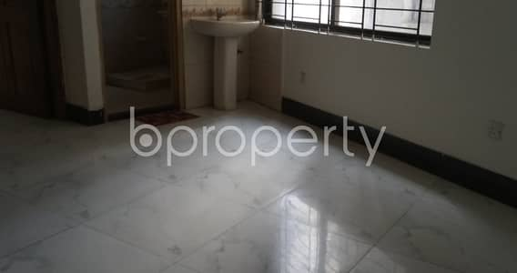 3 Bedroom Apartment for Rent in Kathalbagan, Dhaka - In The Location Of Kathalbagan An Adequate 3 Bedroom House Is For Rent Near By Green Life Medical College Hospital.