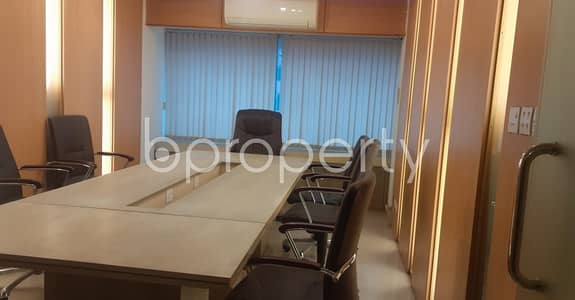 Office for Rent in Shantinagar, Dhaka - A Very Well Fitted 2231 Sq Ft Business Space Is Up For Rent In Shantinagar