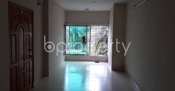 ভাড়ার জন্য BAYUT_ONLYএর ফ্ল্যাট - ধানমন্ডি, ঢাকা - Well Designed 1200 Sq Ft Flat Available In North Road, For Rent