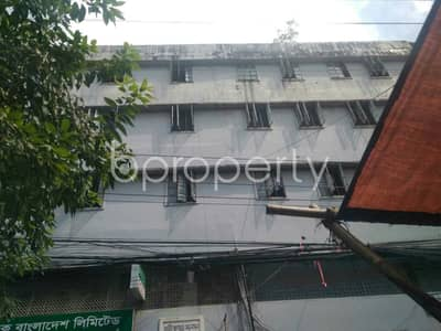 Office for Rent in 16 No. Chawk Bazaar Ward, Chattogram - At Chawk Bazar 2500 Sq Ft Commercial Space To Rent