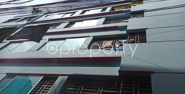 2 Bedroom Flat for Rent in Kazir Dewri, Chattogram - An Adequate 900 Sq Ft Residential Apartment Is Up For Rent In The Center Of Kazir Dewri Next To Kazi Bari Zamee Masjid.