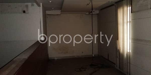 ভাড়ার জন্য এর অফিস - সুত্রাপুর, ঢাকা - 820 Sq. ft Commercial Space Is For Rent In Tikatuli .
